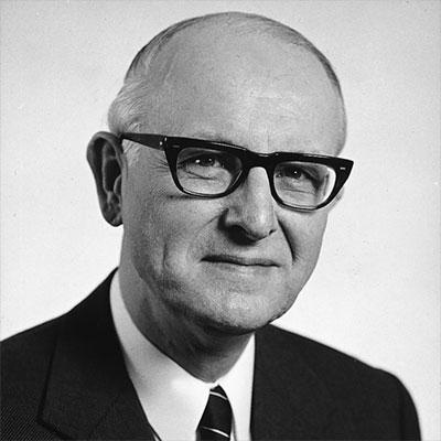 Portrait Herr Albert Schlenkhoff - IFÜREL Unternehmensgründer